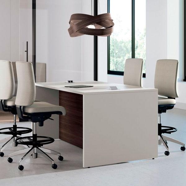 выбирать офисную мебель