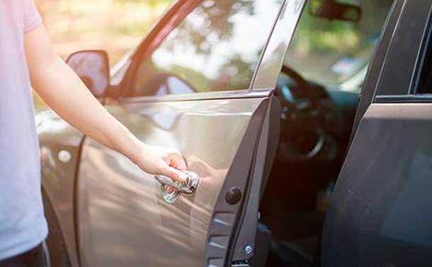 отрегулировать-дверь-автомобиля