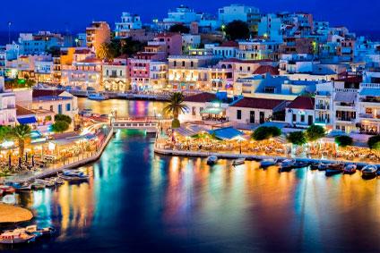 Квартиры и дома в-Греции