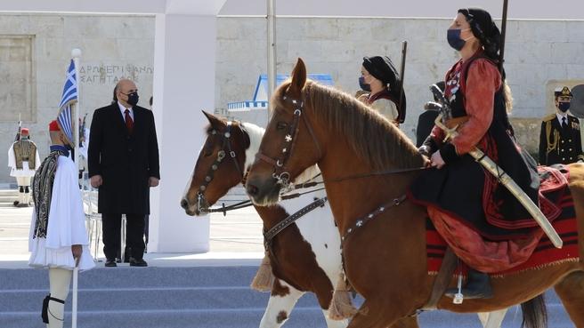 Военный парад по случаю Дня независимости Греции