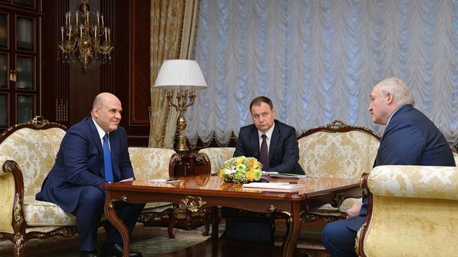 Беседа с Президентом Республики Беларусь Александром Лукашенко и Премьер-министром Республики Беларусь Романом Головченко