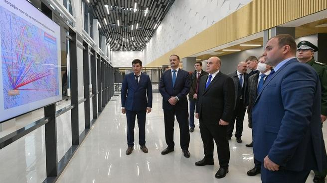 Осмотр строительства здания нового терминала аэропорта Махачкала. С временно исполняющим обязанности главы Республики Дагестан Сергеем Меликовым