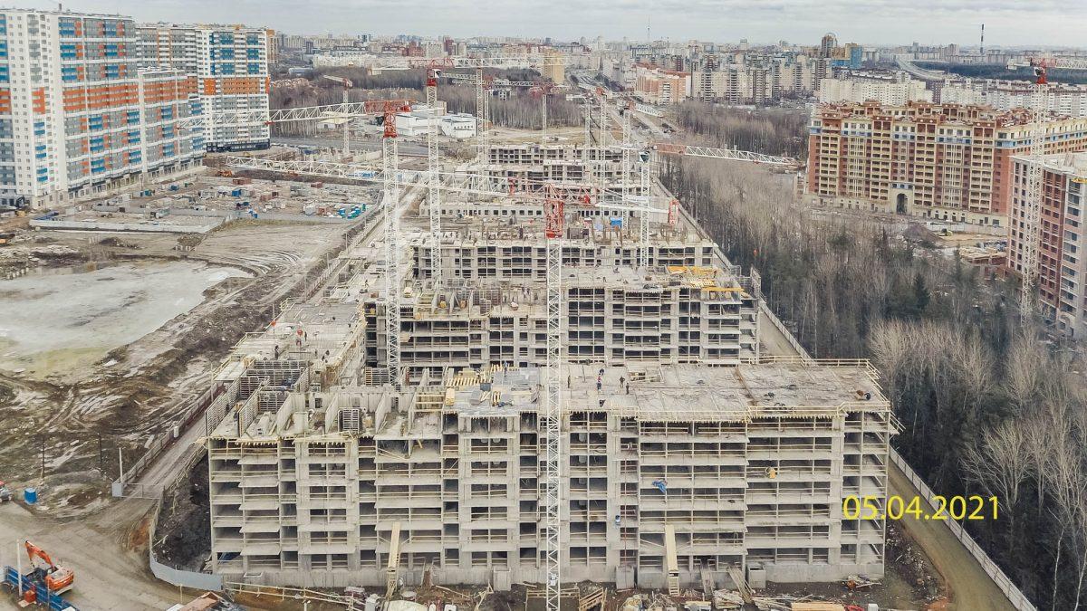 Монолитный каркас ЖК «Полис Приморский» готов почти на 50%