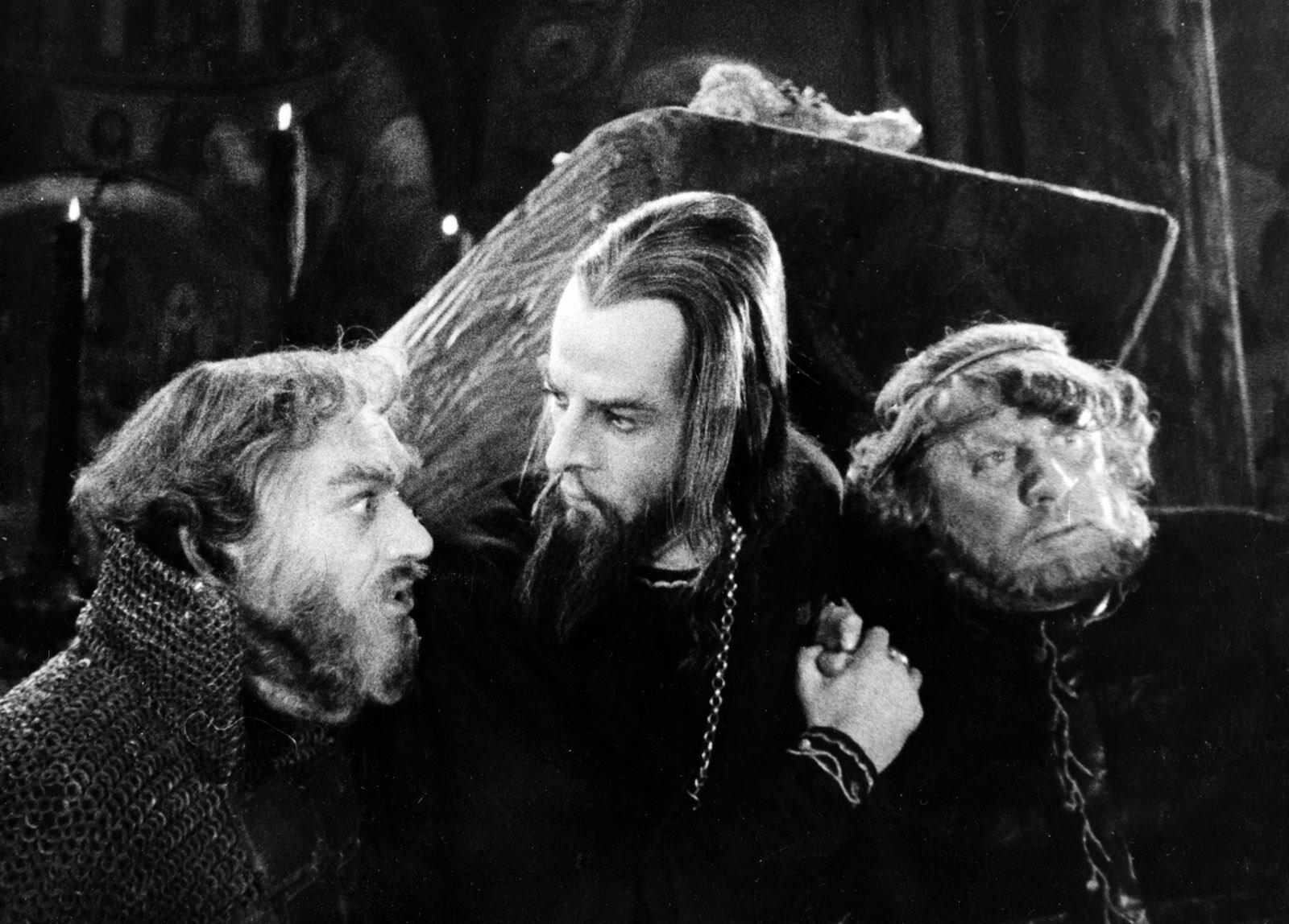 Кадр из фильма «Иван Грозный». Режиссер С. Эйзенштейн. 1945 год