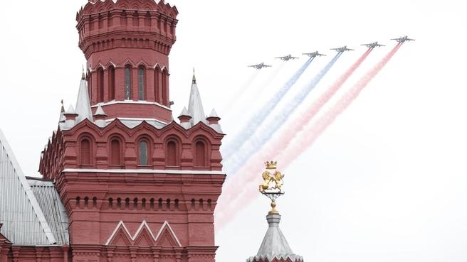 На военном параде в честь 76-й годовщины Победы в Великой Отечественной войне