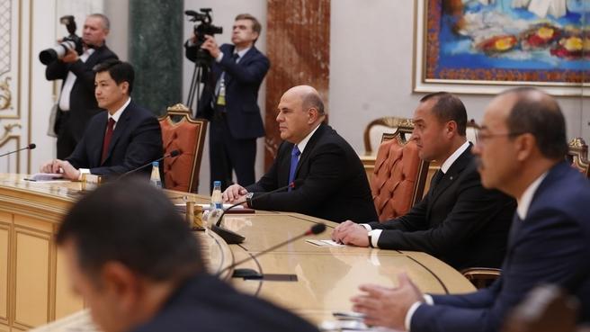 Михаил Мишустин принял участие во встрече Президента Республики Беларусь Александра Лукашенко с главами делегаций государств – участников заседания Совета глав правительств СНГ