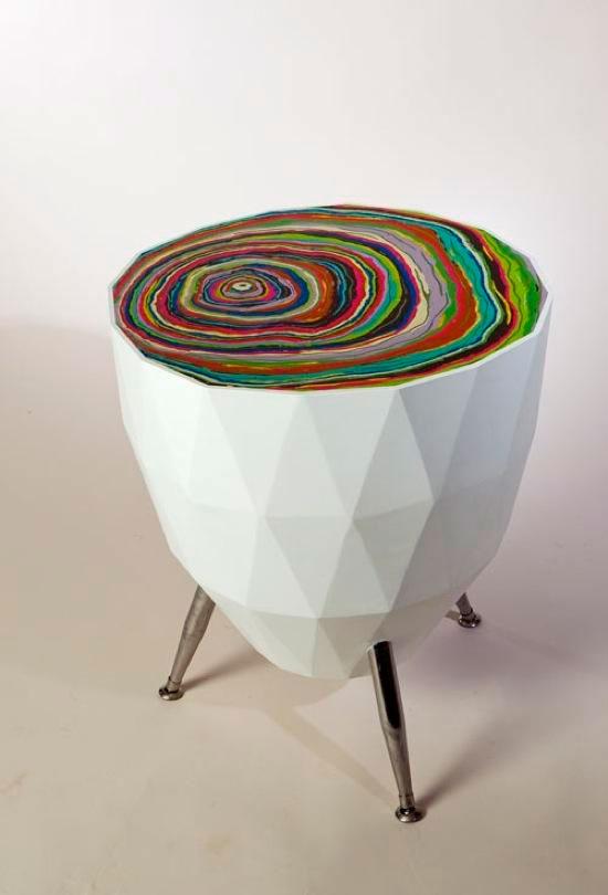 Радужные столы необычной формы