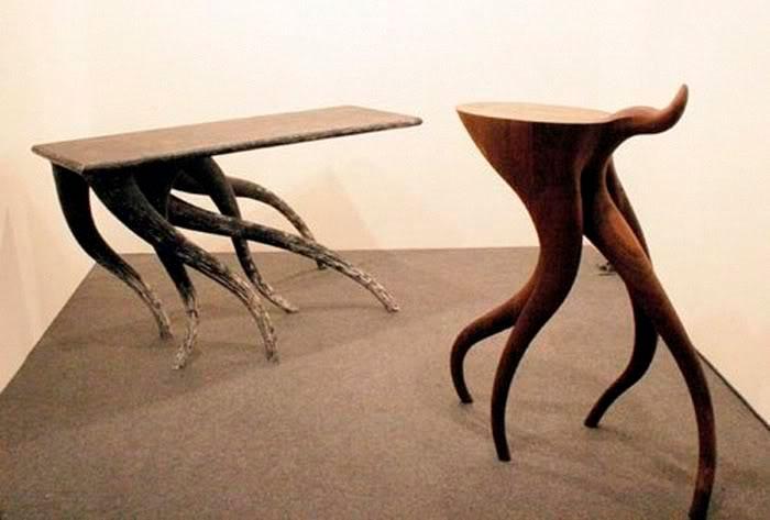 Динамический стол в движении