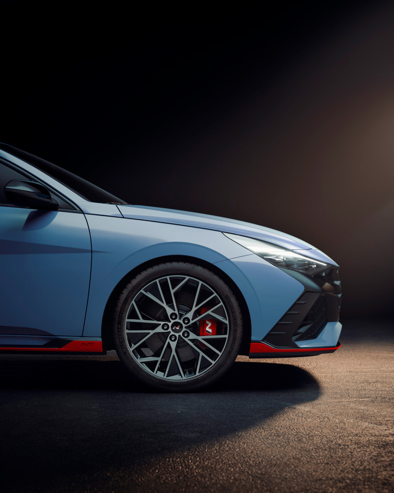 Hyundai показал самую спортивную «Элантру»