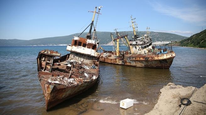 Корабли в бухте Нагаева