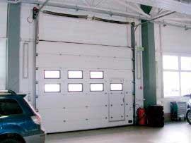 Акриловые окна для секционных ворот