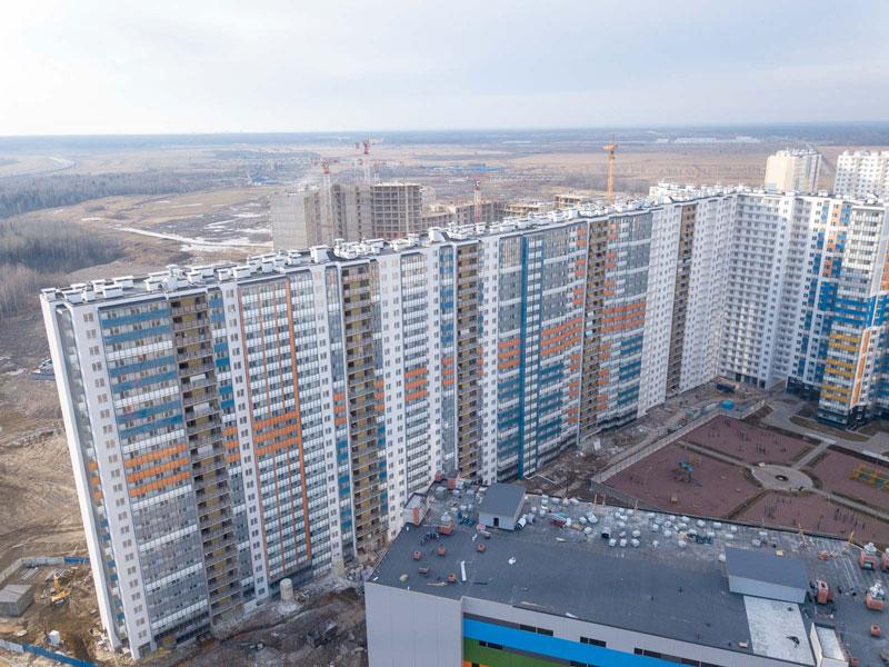Санкт-Петербург, 10 апреля 2020 г. – ГК «Полис Групп» продолжает строительство 3, 4 очередей ЖК «Полис на Комендантском».
