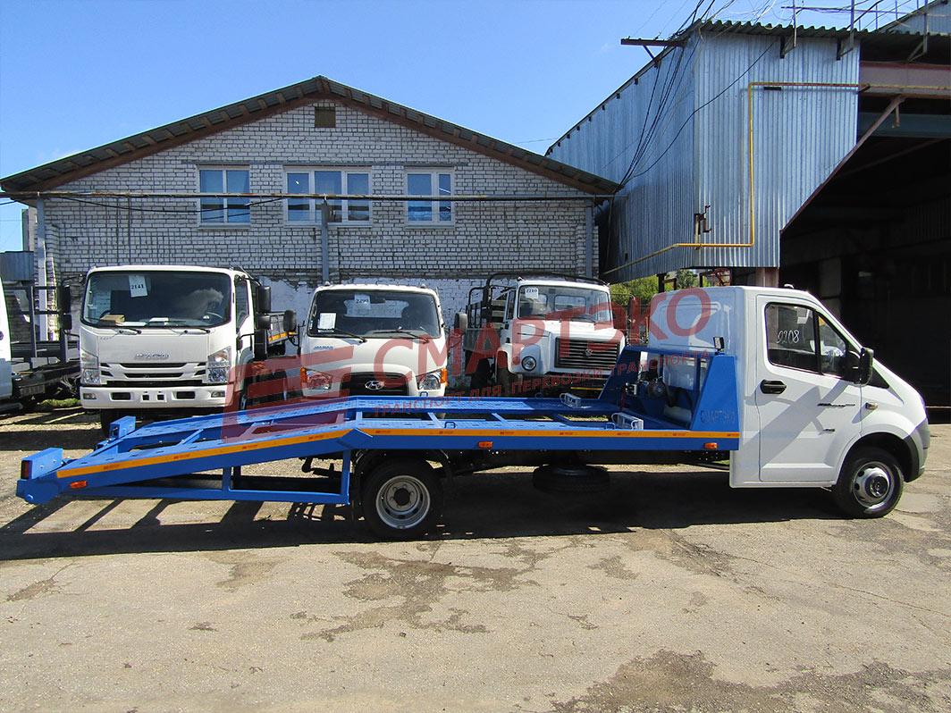 Эвакуатор с ломаной платформой на шасси ГАЗель Некст С42 R92