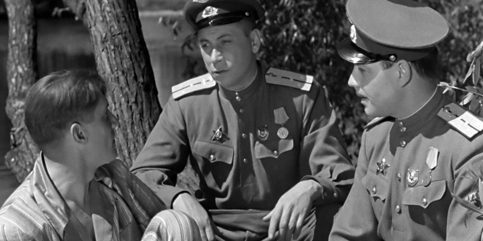 Кадр из фильма «Небесный тихоход». Режиссер Семен Тимошенко. 1945 год