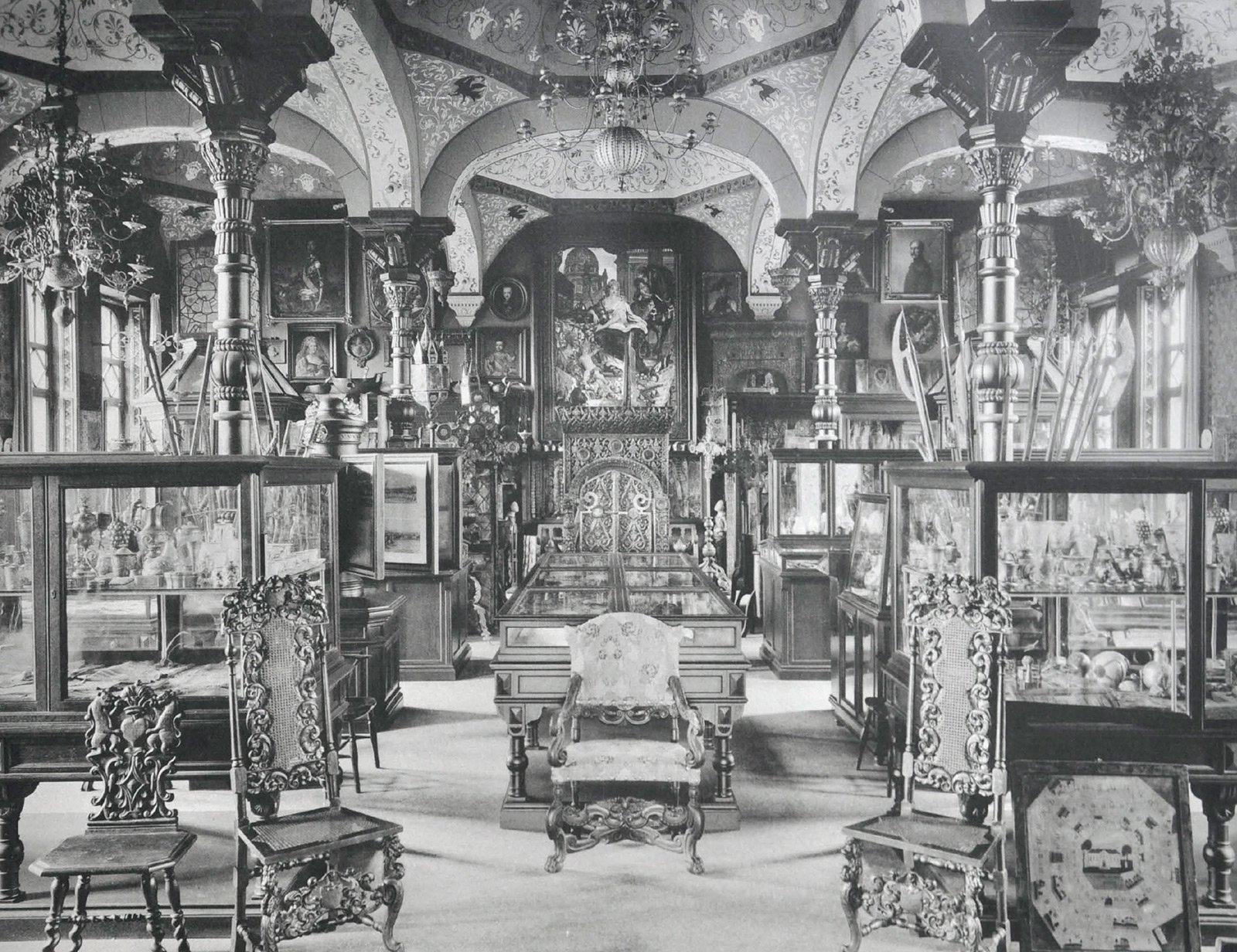 Старый музей, музейный зал. 1906 год