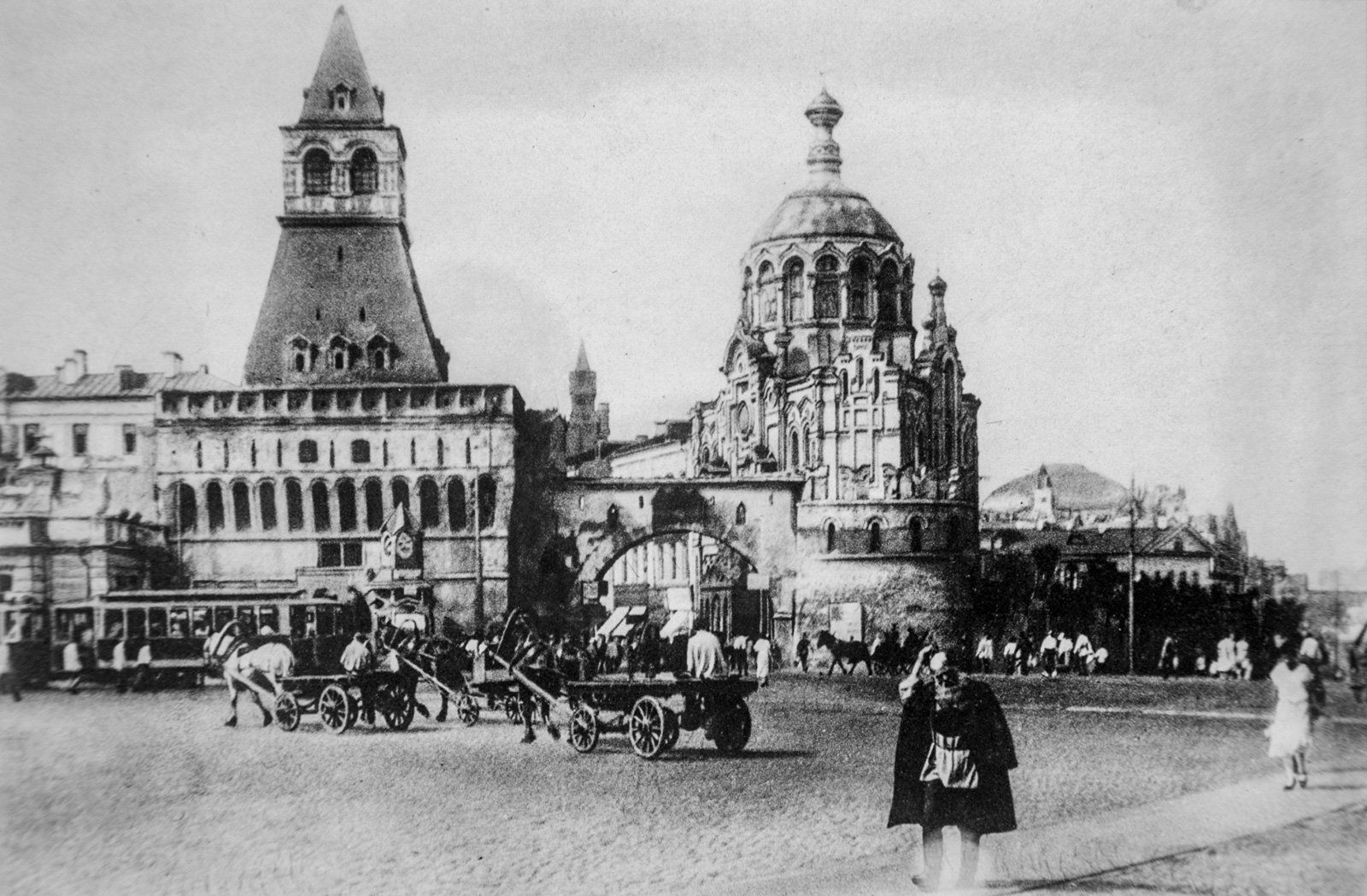 Лубянская площадь до реконструкции. Автор неизвестен. 1920-е годы. Главархив Москвы