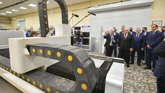Михаил Мишустин посетил машиностроительный завод «Профитэкс» в Пятигорске