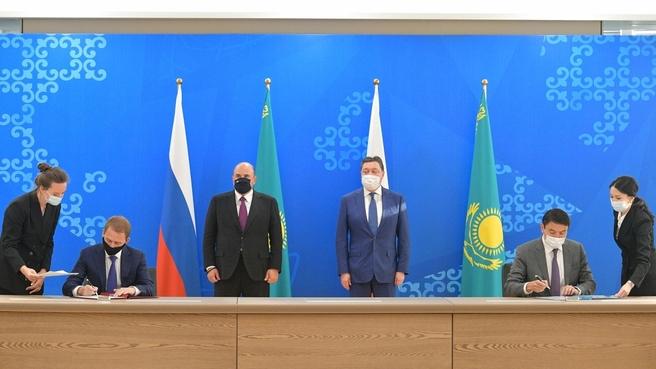 Подписание документов по завершении российско-казахстанских переговоров