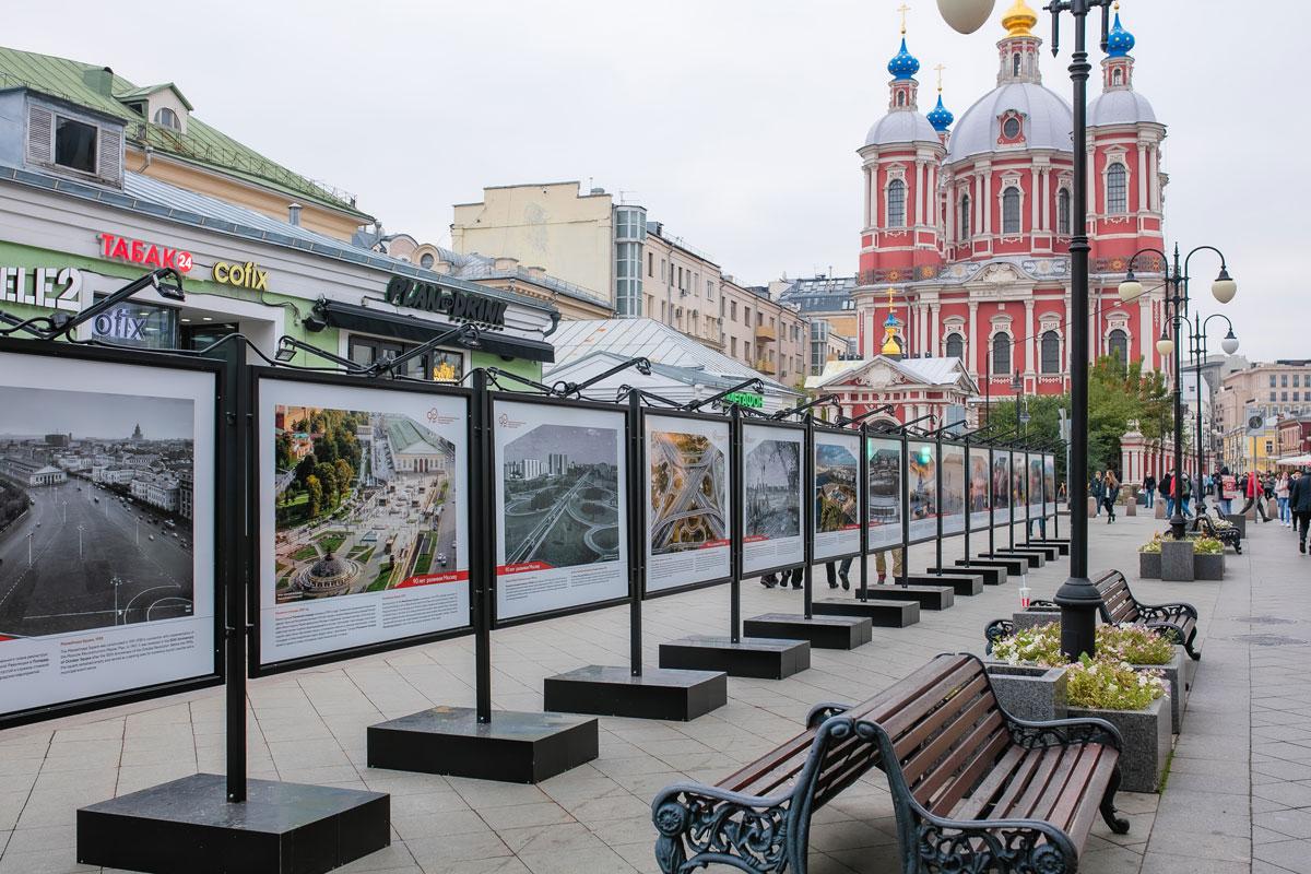 В-Москве-открылась-фотовыставка,-посвященная-90-летию-Департамента-экономической-политики-и-развития-город