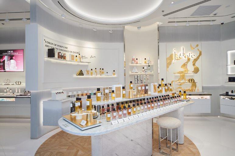 Первый флагманский бутик Dior Beauty в ТРЦ «Европейский»