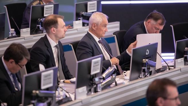 Андрей Белоусов провёл совместное заседание президиума Правительственной комиссии по транспорту и комиссии Госсовета по направлению «Транспорт»