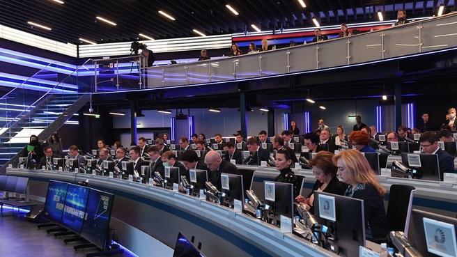 Совещание по вопросу мониторинга реализации нацпроектов в Координационном центре Правительства